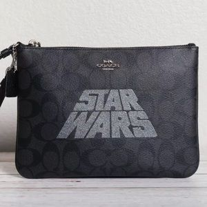 Star Wars X Coach Gallery Pouch